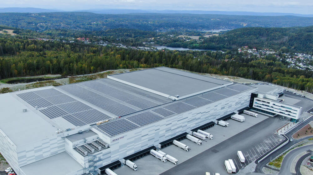 Commercial solar roof installation in Vinterbro, Norway